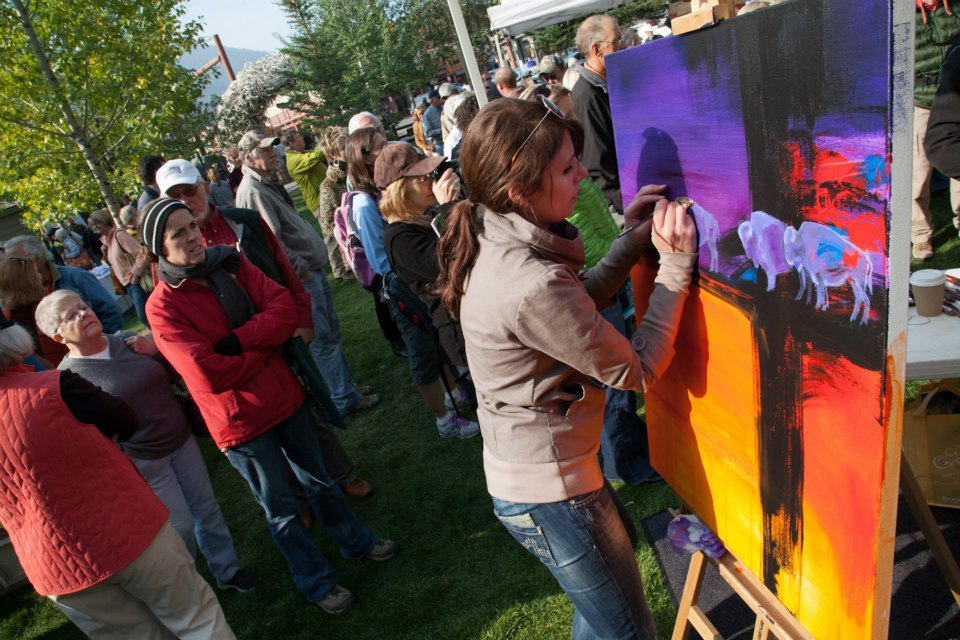 Carrie Wild painting in the Jackson Hole quickdraw.