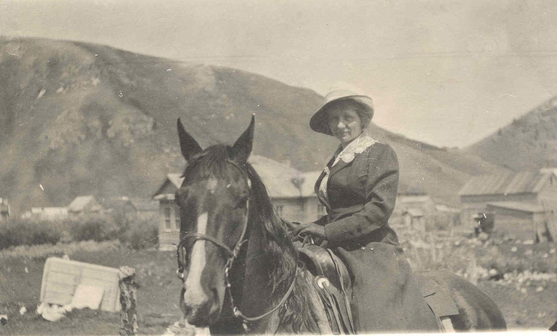 dna Huff on horseback